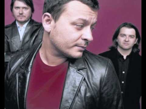 Manic Street Preachers - To Repel Ghosts