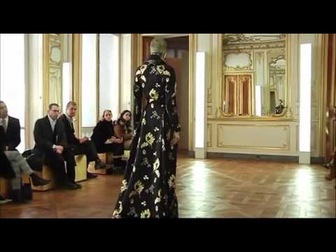 Alexander McQueen ➤ Fall/Winter 2010/2011 (Full HD)