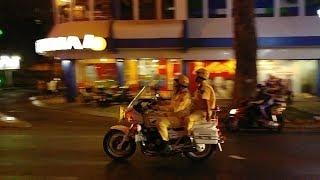 CSGT mở đường kiểu này ai dám không nhường đường - Most experience police escorted VIP