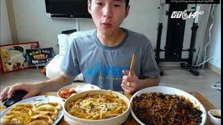 (VTC14)_Hiểm họa từ trào lưu ăn uống trực tuyến