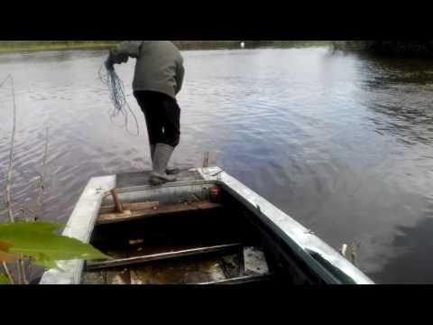 как тянуть бредень лодкой
