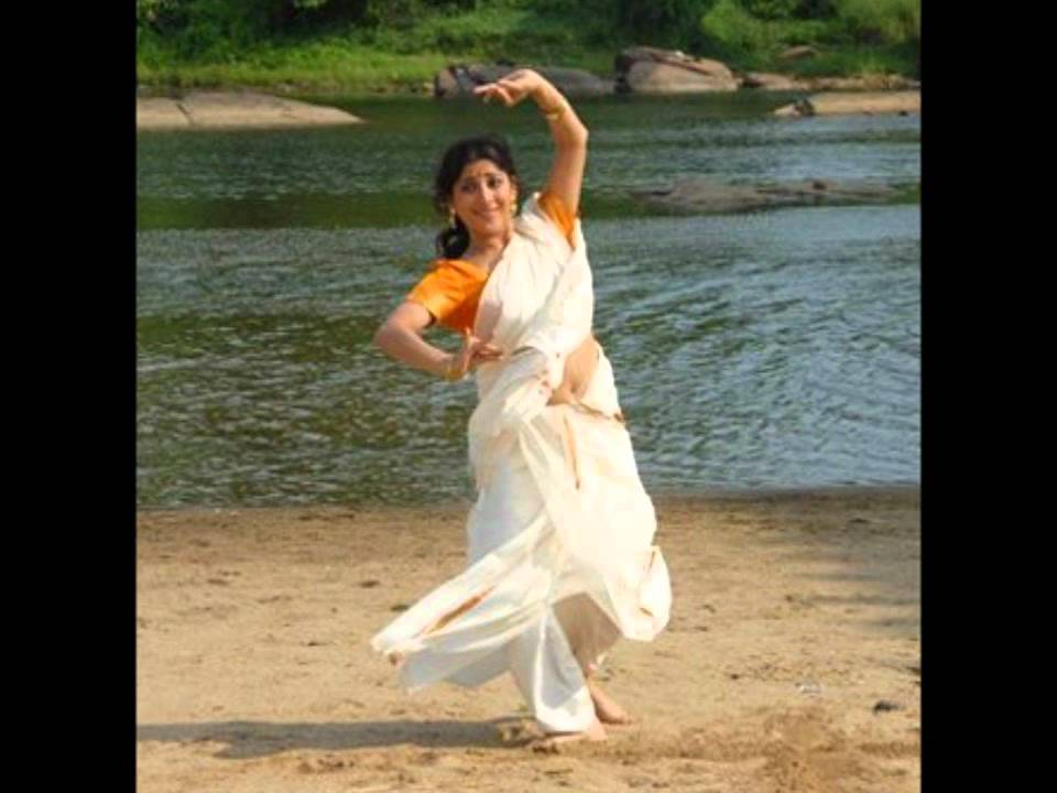 maxresdefault jpgLakshmi Gopalaswami Navel Show