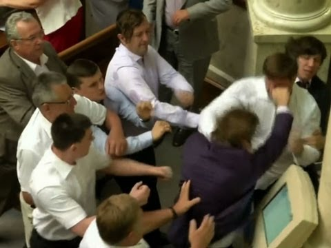 Raw: Fight Breaks Out in Ukraine Parliament