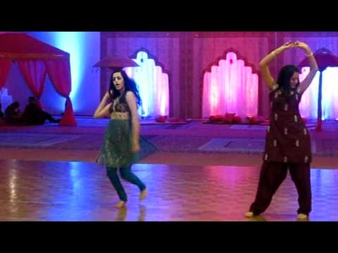Sheila Ki Jawani, Desi Girl, Gal Mithi Mithi Dance video