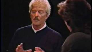 Robert Reed 1991 interview with Brad Lemack (courtesy of RerunIt.com)