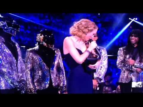 Taylor Swift Highlights VMA's 2013