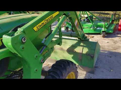 John Deere 3032E review