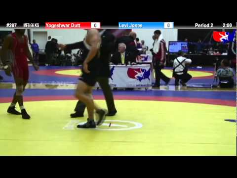 Schultz MFS 66 KG Champ. Round 1: Yogeshwar Dutt (India) vs. Levi Jones (Sunkist Kids)
