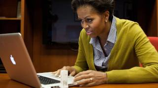Video de Michelle Obama aprendiendo a usar twitter