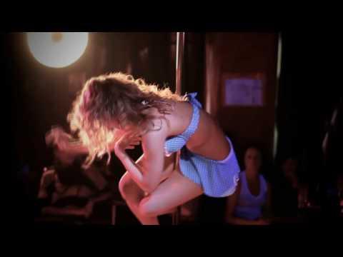 Anastasia Skukhtorova pole dance performance in Cherry-Berry