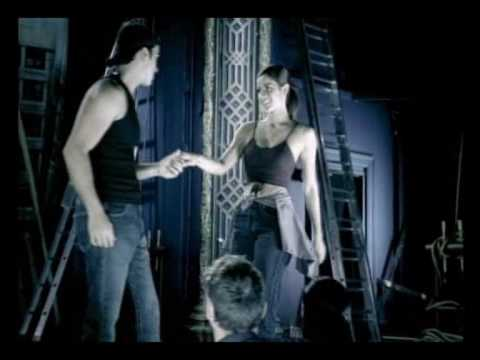 Luis Fonsi - No te cambio por ninguna [Music Video] Music Videos