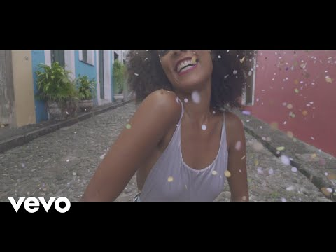 Emicida - Baiana (Videoclipe) ft. Caetano Veloso
