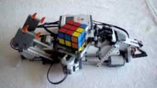 Thumb Un robot que resuelve el Cubo Rubik