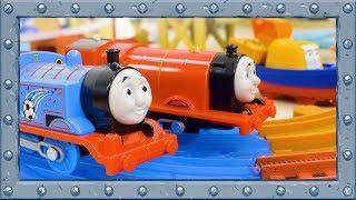 Thomas VS James! TrackMaster | Thomas and Friends #80