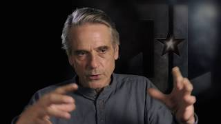 Justice League - Itw Jeremy Irons (official video)