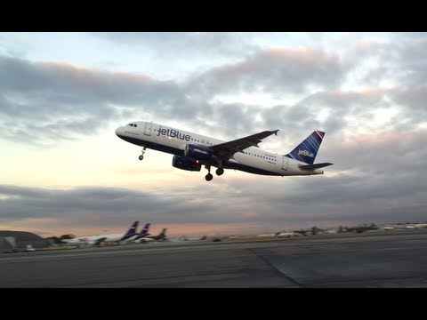 Jetblue Airbus A320 takeoff from BUR to JFK [N589JB]