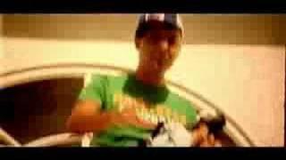 Watch Arash Boro Boro video