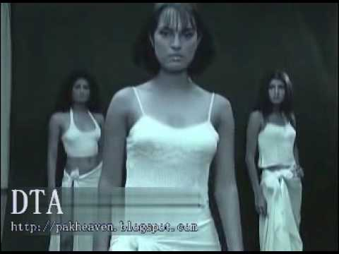 Pakistani Models Vinny Nadia Gia - Hot Nighty Cat Walk