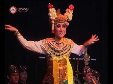 Panji/Inao -- Balinese Gambuh Dance -- Prabu Lasem (Indonesia)