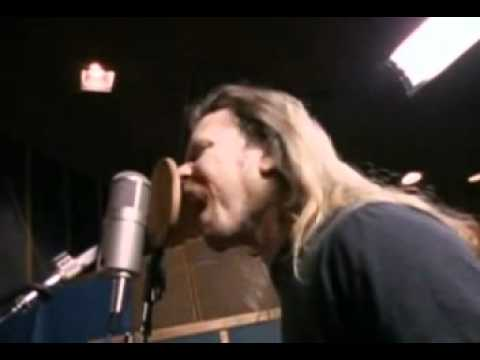James Hetfield recording Enter Sandman