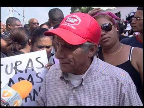 Moradores de Los Alcarrizos montan piquete por mal servicio de Edesur