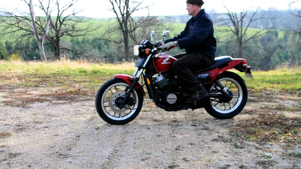 My 'new' Honda Ascot VT500 1884 - YouTube