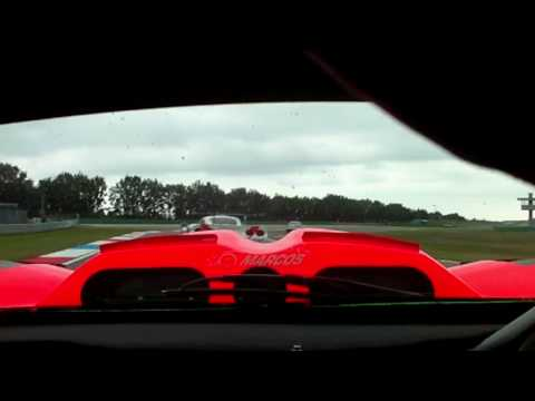 Marcos LM600 Vs Mosler MT900