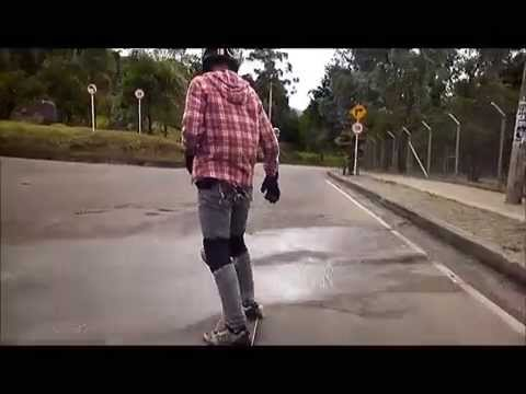 Practicando Longboarding en el Parque Nacional 