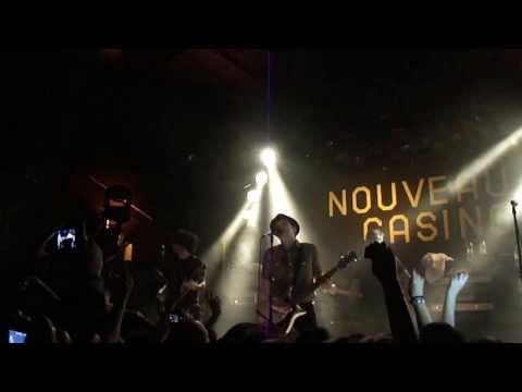 Fall Out Boy - Im Like a Lawyer... (Me and You) (Live  Nouveau...