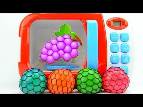Превращение Лизун в сетке из фруктов Мультики с игрушками