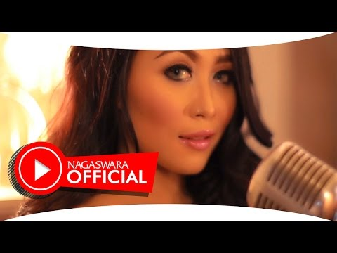 Dewi Luna - Solaria - Official Music Video - NAGASWARA