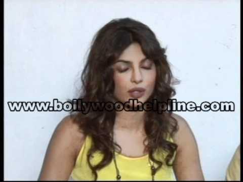 Shahid and Priyanka promote Teri Meri Kahaani at Mehboob Studio
