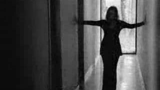 Watch Trisha Yearwood Trying To Love You video