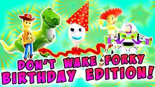Toy Story 4 Forky's Birthday Party Decorating Game! W/ Woody, Jessie & Rex
