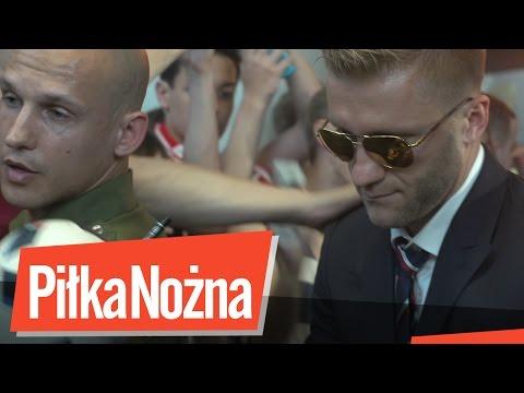 Przywitanie Reprezentacji Polski Na Lotnisku W Warszawie