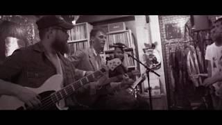 Download Lagu Machine Gun Kelly - Kiss The Sky (Acoustic) Gratis STAFABAND