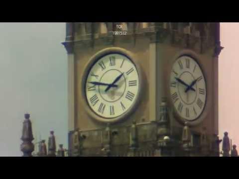 Dzień Z życia Zegara Na Pałacu Kultury I Nauki W Warszawie - Time Lapse
