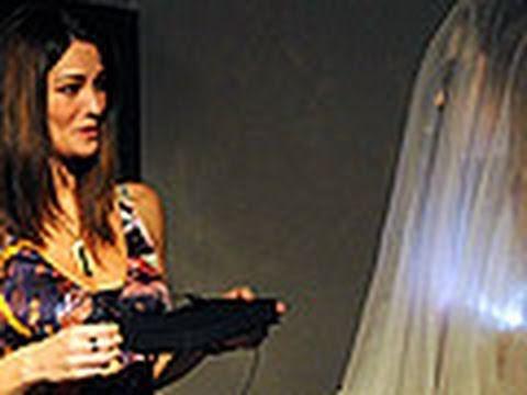 Una 'sposa fantasma' spaventa Manuela Arcuri