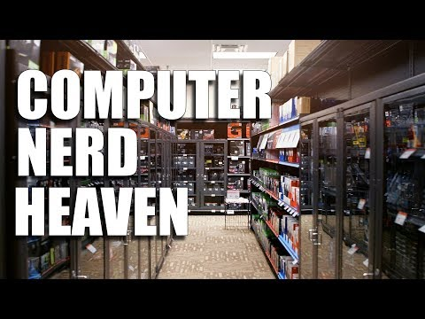 What it's like inside Microcenter! Computer Super Store