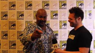 #SDCC 2017: Kevin Michael Richardson is Floronic Man in BATMAN AND HARLEY QUINN
