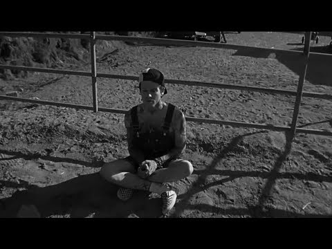 The Neighbourhood - Warm ft. Raury (Video)
