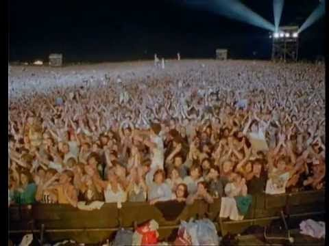 Queen - Radio Ga Ga (Live in Australia '85 and Knebworth '86)