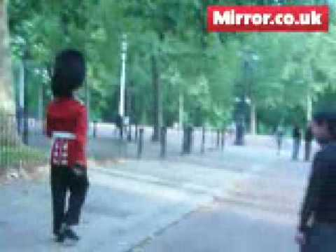 Coldstream Guard Attacks Tourist in London