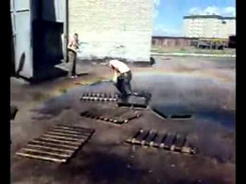 Bomberos - Agua a presión para desalojar