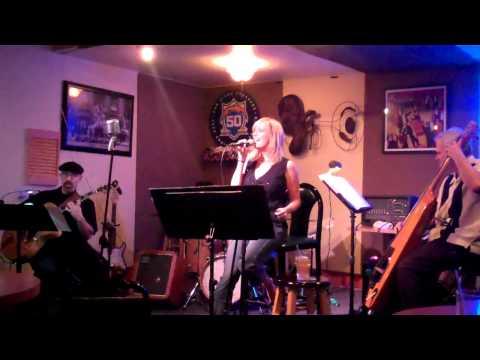 Donna Deussen with the Paul Weitz trio.mp4 online metal music video by DONNA DEUSSEN