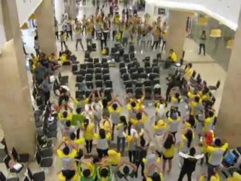 Duta IM3 East Java Flashmob @ Royal Plaza