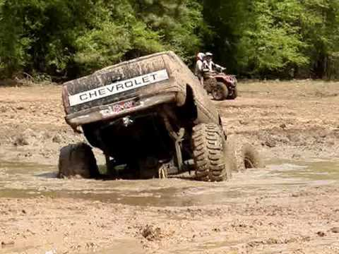 MUD TRUCKS BIG BLOCK Chevy Silverado on 54 BOGGERS STUCK Video