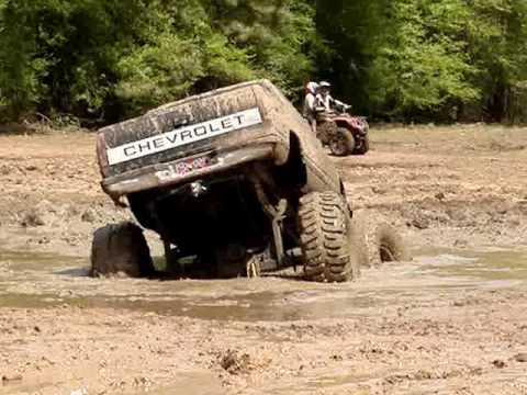 MUD TRUCKS BIG BLOCK Chevy Silverado on 54 BOGGERS STUCK Video