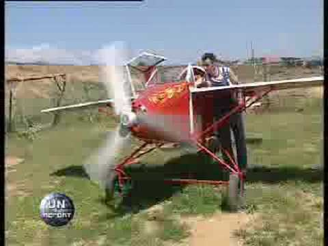 Kosovo Hakifi, builds an airplane