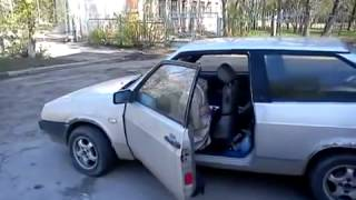 here is how you work a steering wheel on a Lada